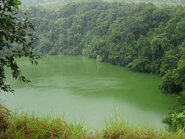 crater-lake-on-ternate