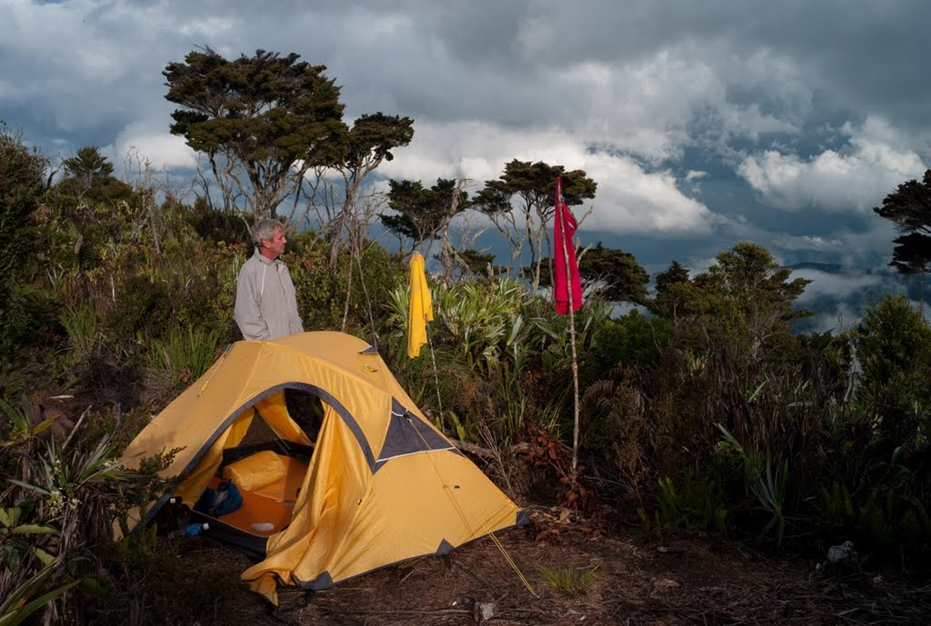 kemiri-campsite-with-great-vue