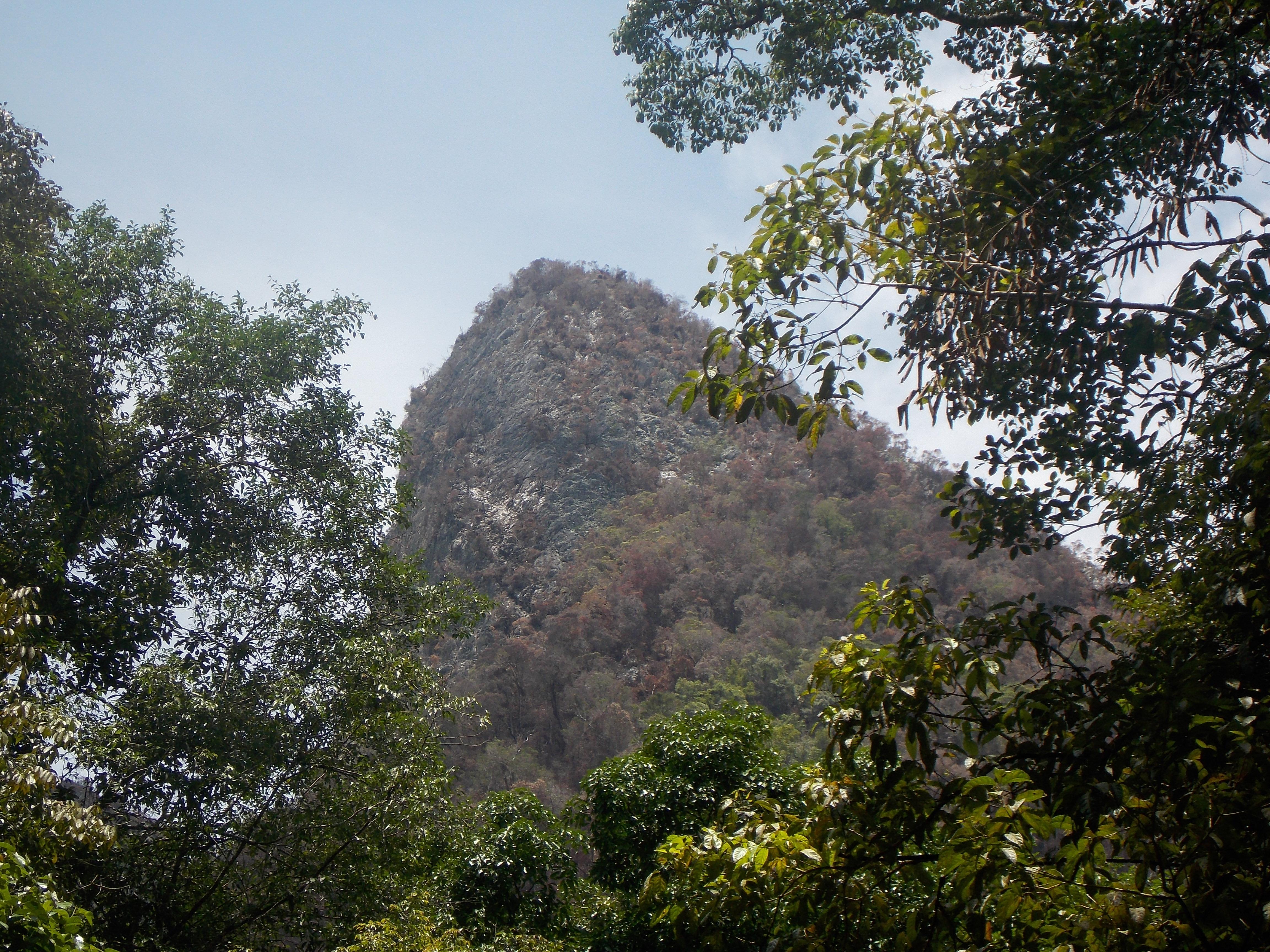 031-closer-look-at-peak-above-camp-1