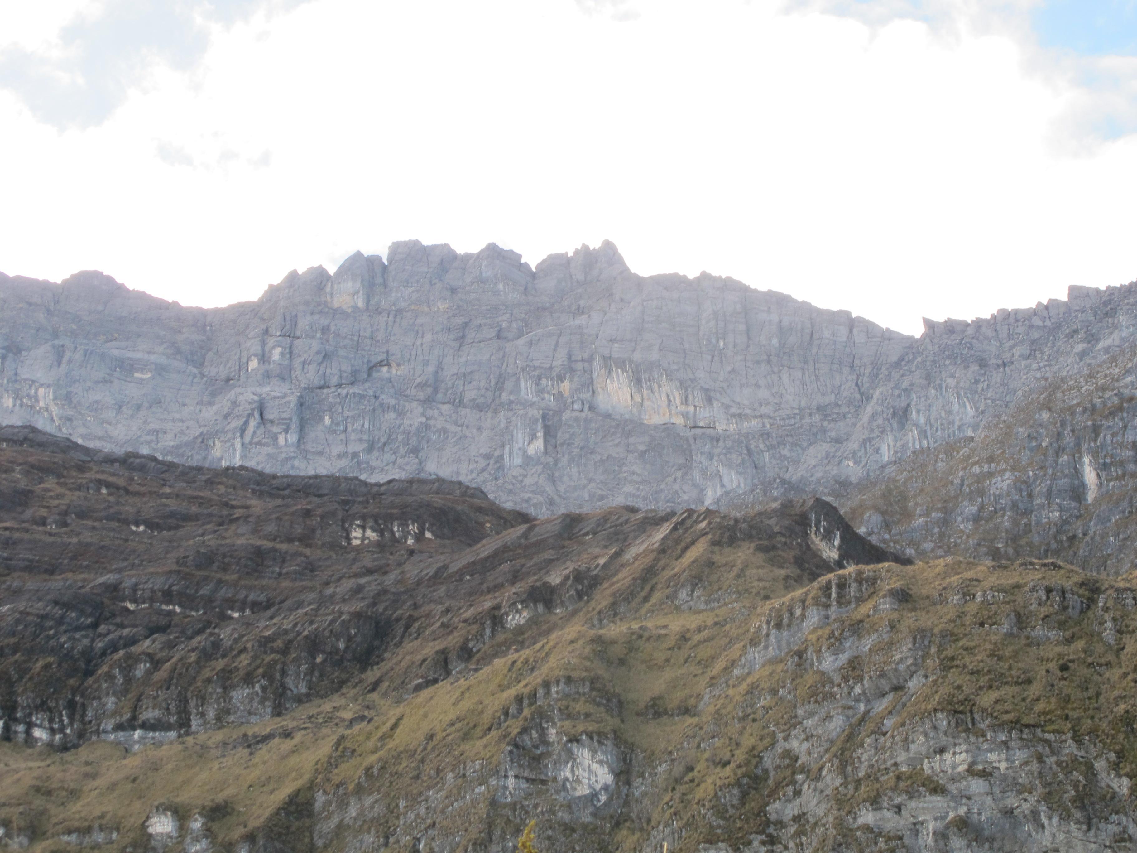 2011-12-01-trikora-summit-ridge