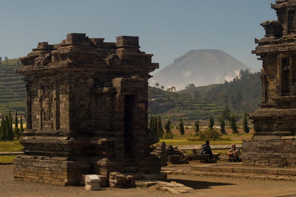 sindoro-from-dieng-plateau-2