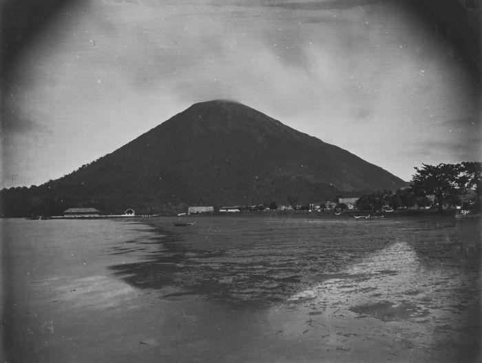 1860-72-un-collectie_tropenmuseum_gezicht_op_de_vu