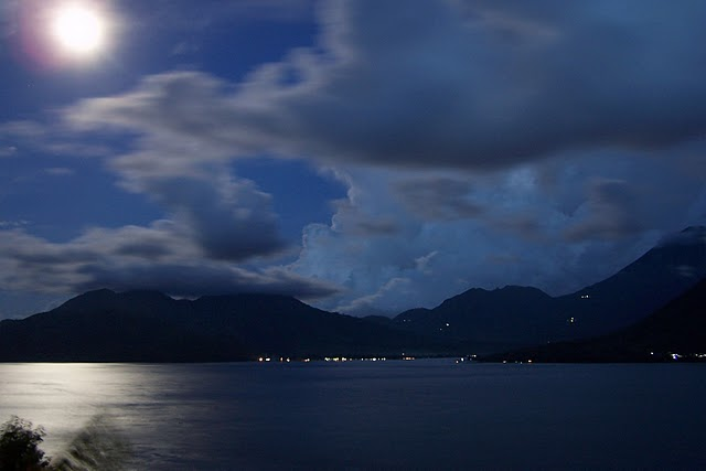 full-moon-over-tidore
