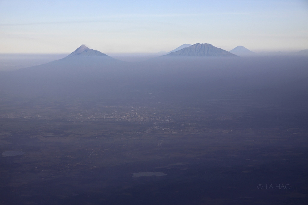 13-solo-and-central-java-mountains
