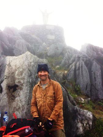 David below stature of Christ on summit of Matebean (Brigitte Haering, July 2018)