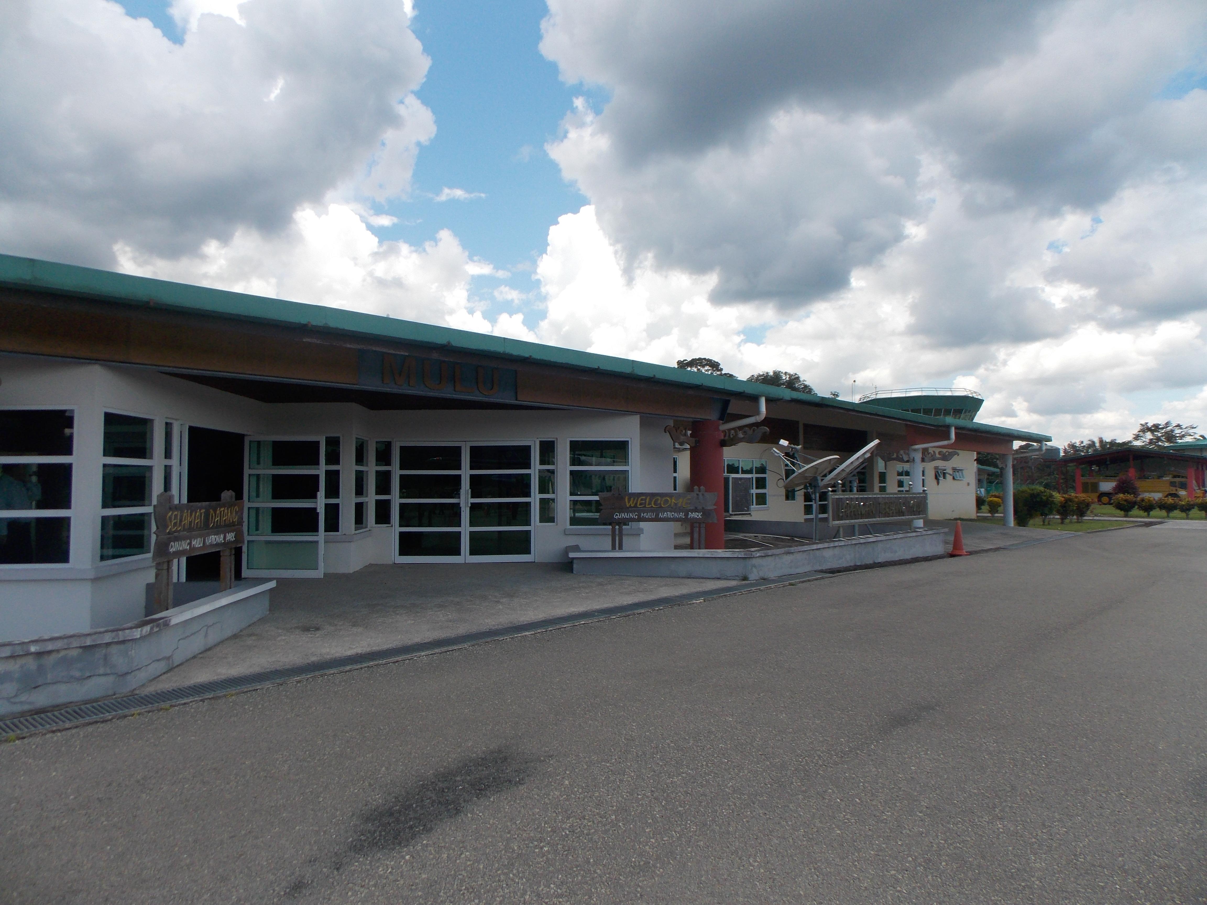 006-mulu-airport-terminal-building