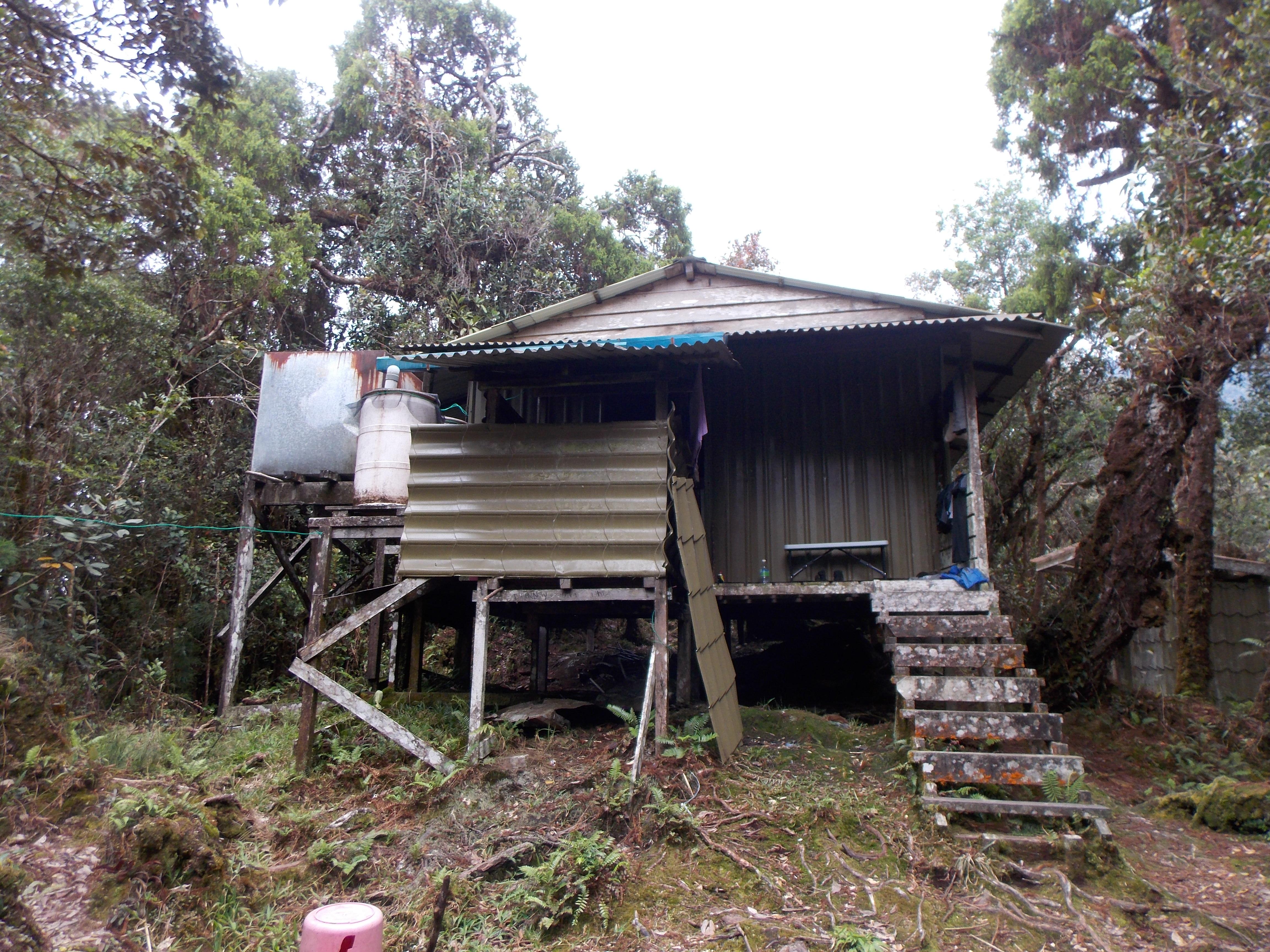 086 Camp 4