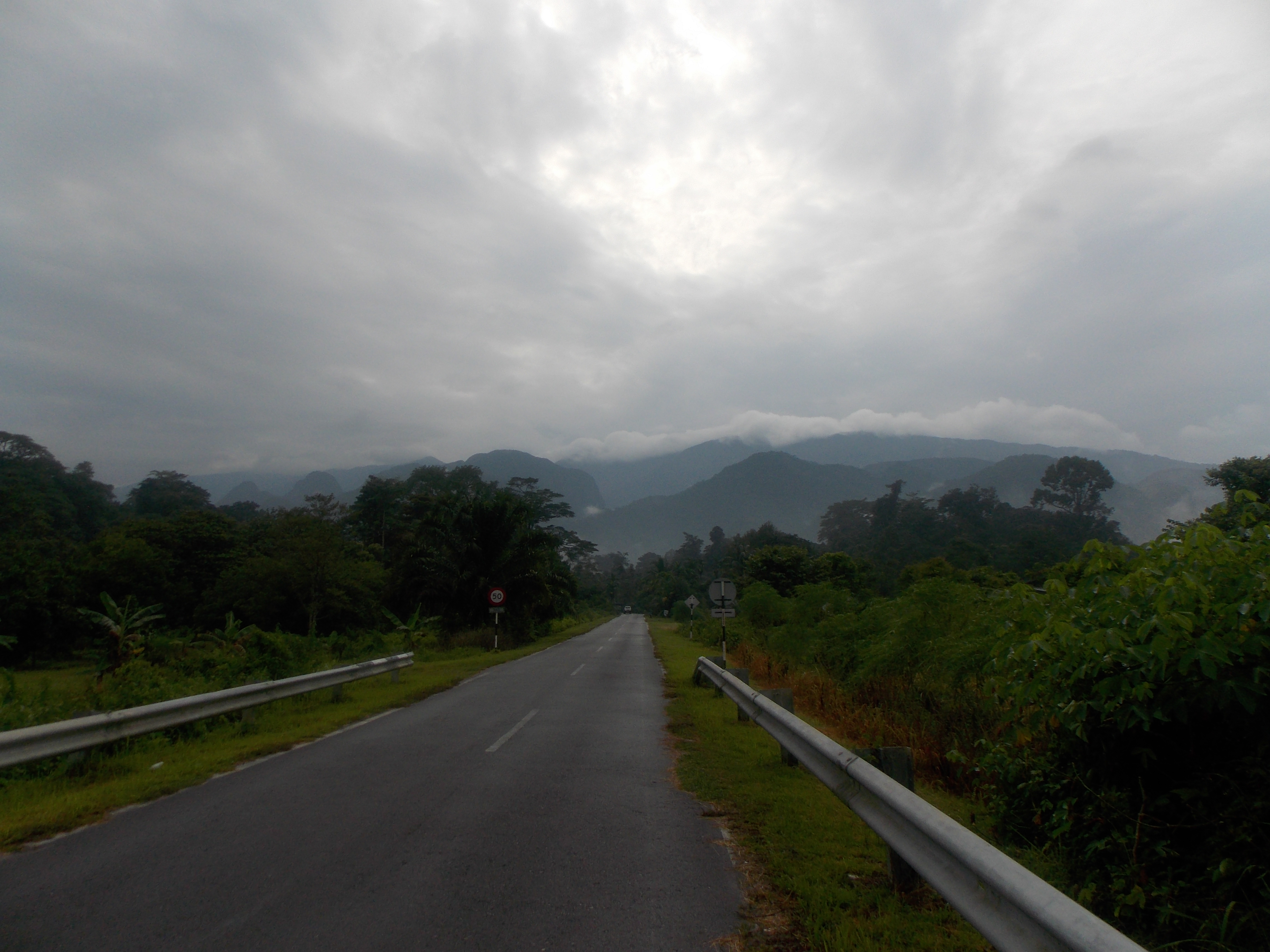 133 Between Park HQ and Mulu airport
