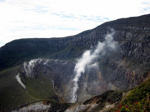 1-gede-crater