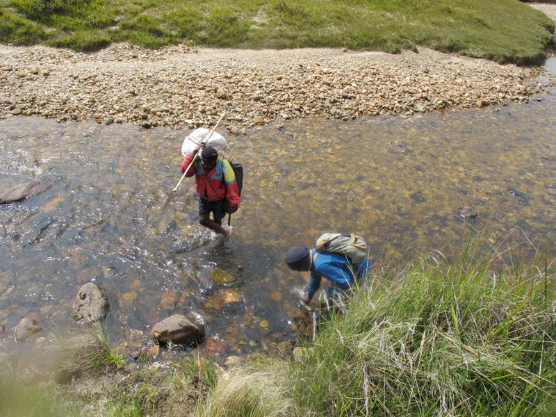 2010-12-02-porters-crossing-river