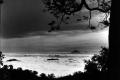 1939 paul spies 595px-COLLECTIE_TROPENMUSEUM_Gezicht_vanaf_de_vulkaan_Rinjani_op_Lombok_over_een_wolkendek_met_de_top_van_