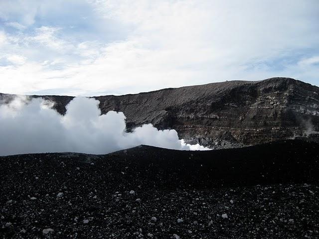 slamet-crater-4
