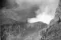 1890 unknwon COLLECTIE_TROPENMUSEUM_Een_vulkaankrater_op_Midden-Java_waarschijnlijk_de_Gunung_Slamat_TMnr_60009676