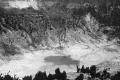 1915-1918 u COLLECTIE_TROPENMUSEUM_Vulkaan_Tangkoeban_Prahoe_met_de_krater_Oepas_TMnr_60020291