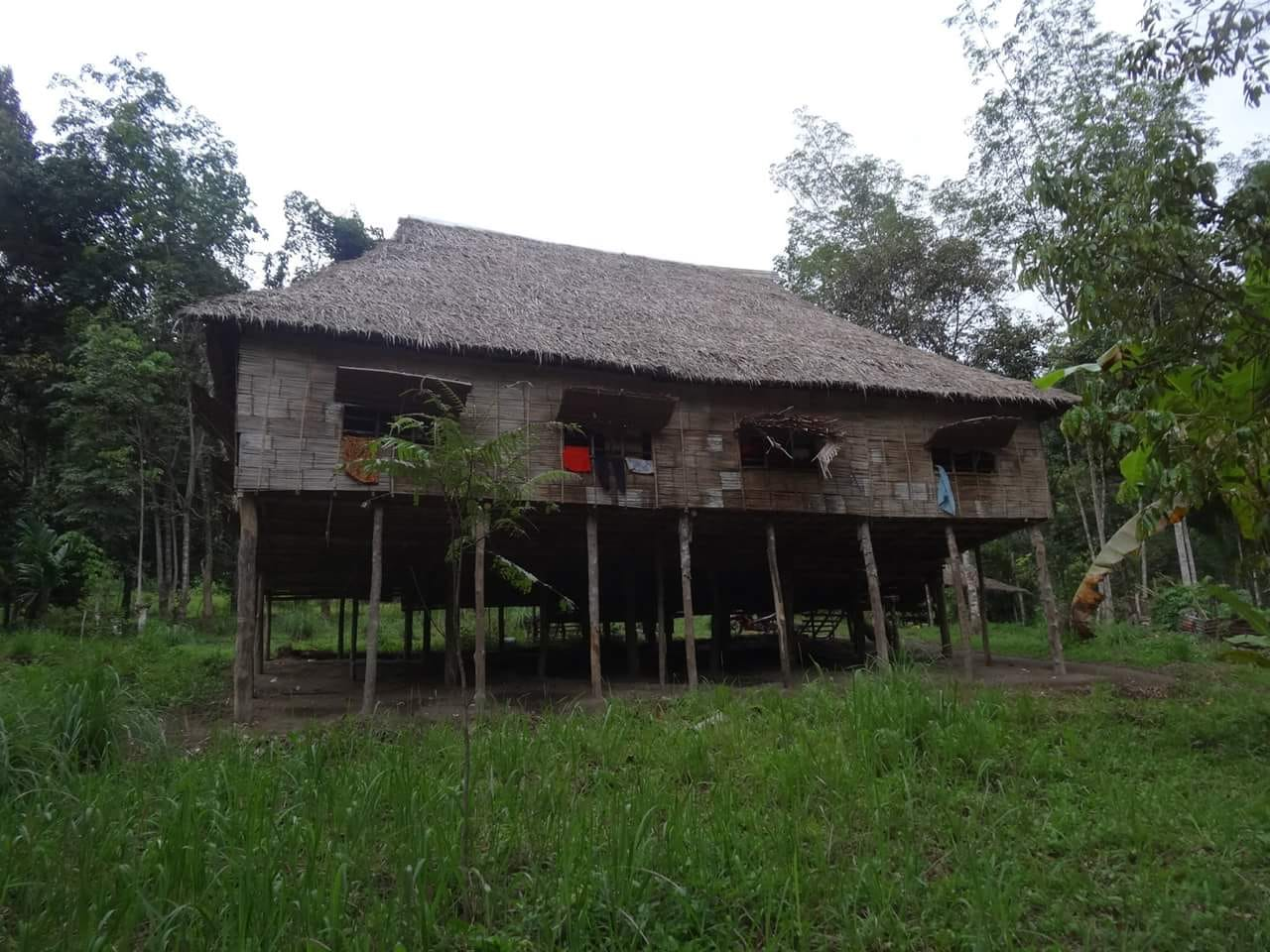 06 A traditional house of orang asli on the trailhead to gunung Korbu