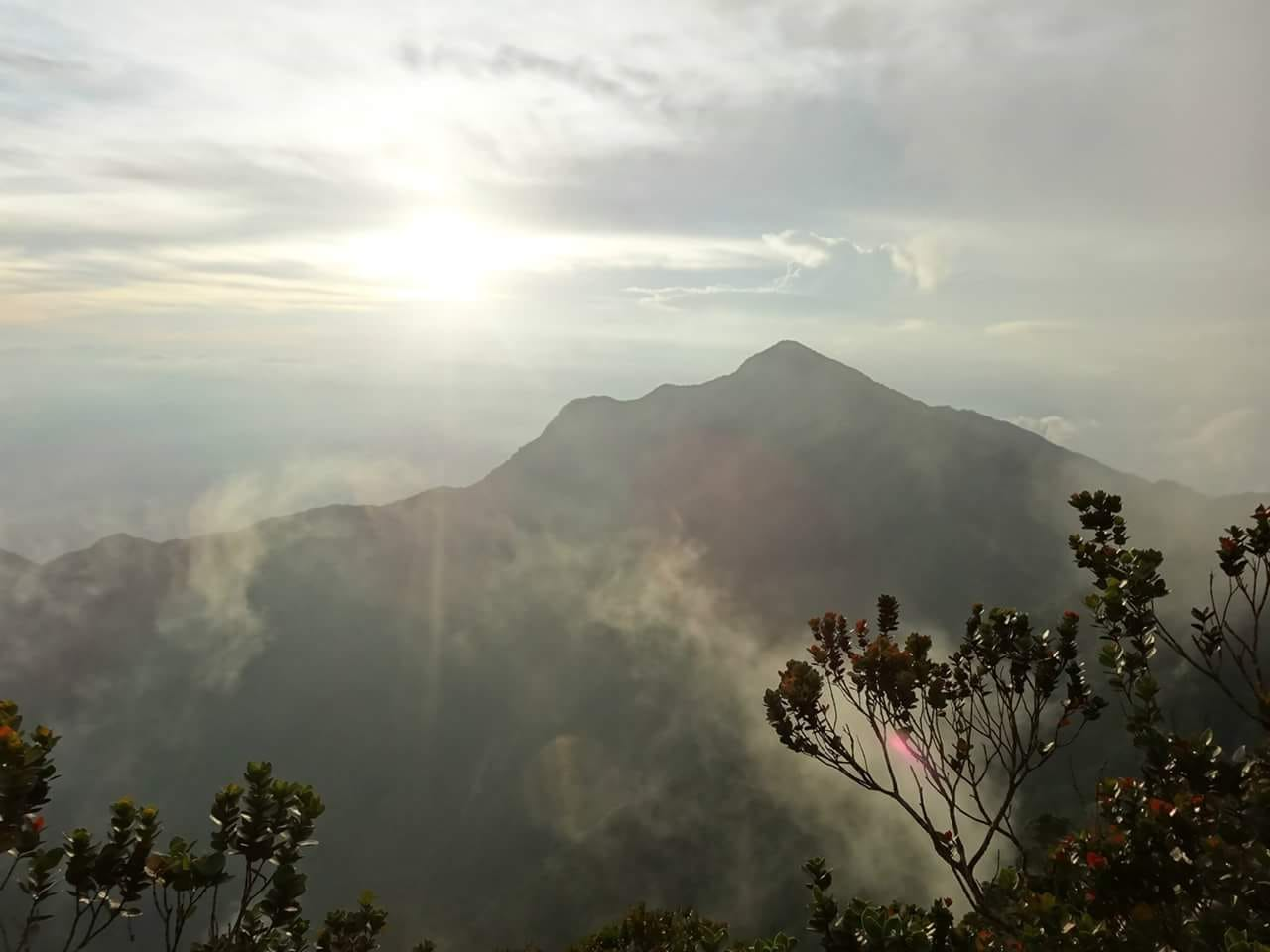 15 Gunung Korbu visible from Gayong top