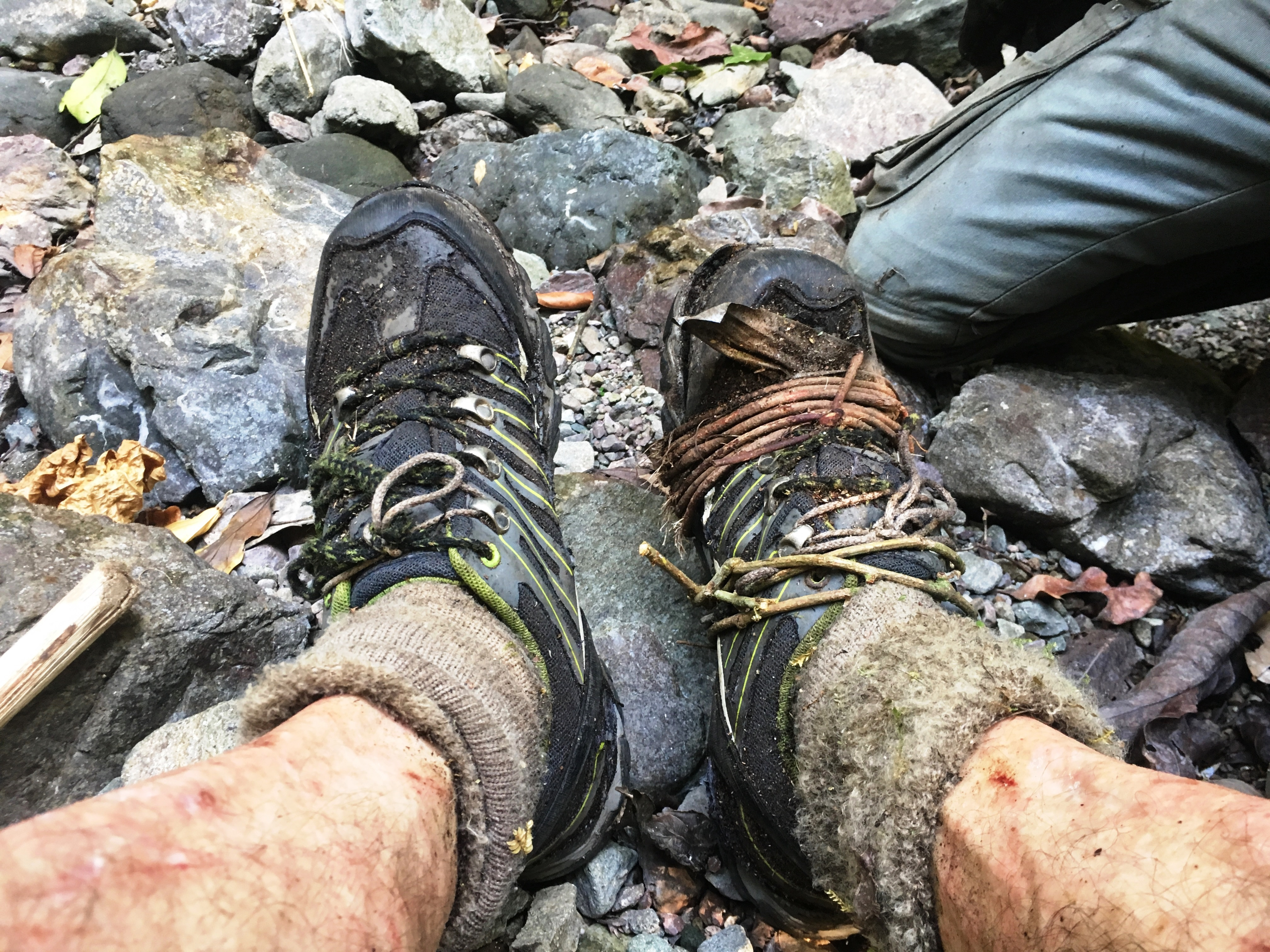 Gunung-Sabatai-Jungle-survival-–-tying-boots-with-rattan-vine-Nick-Hughes-September-2019